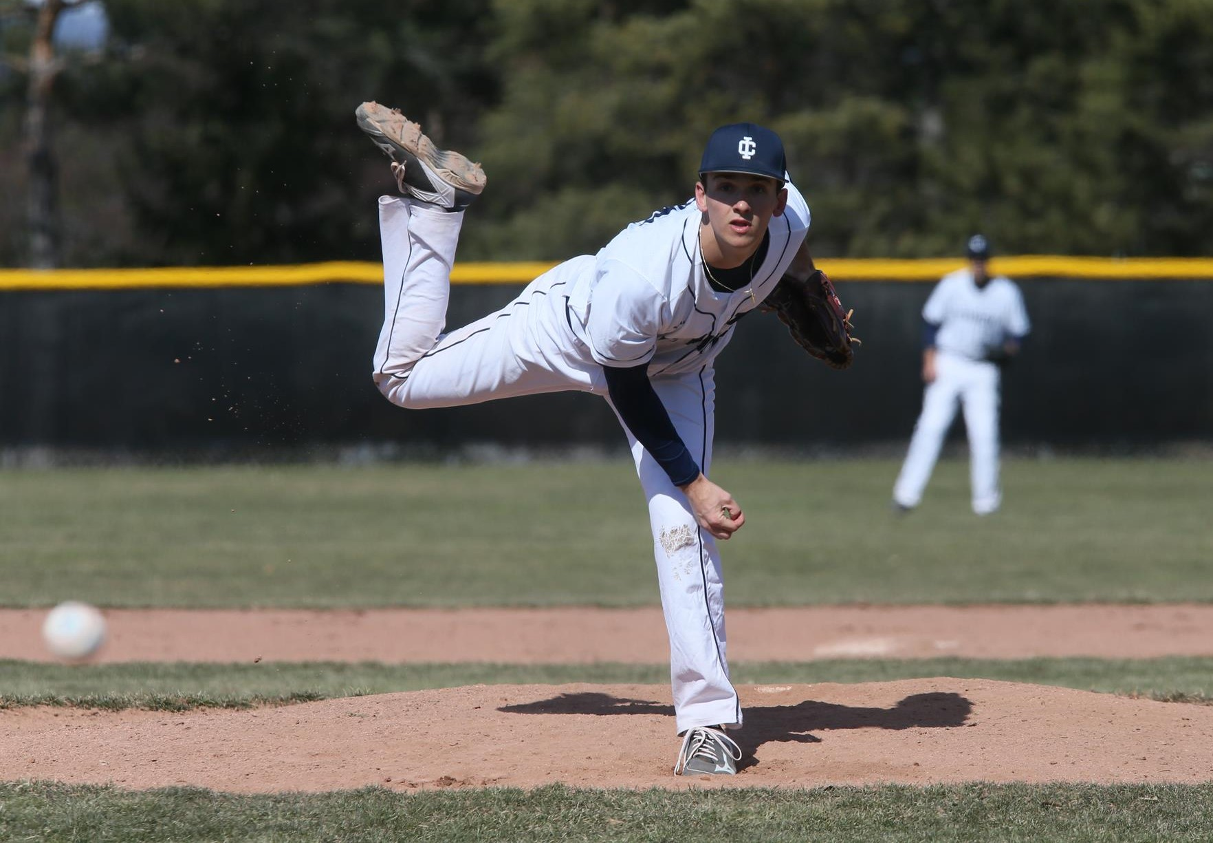 Binder Carries No Hitter To Ninth Inning As Ithaca Downs No 18 Cal Lutheran 2 0 Ithaca College Athletics